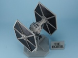 s-TIE_FIGHTER_UFR.jpg(6880 byte)
